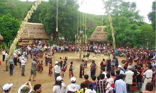 làng văn hóa các dân tộc Việt Nam (sưu tầm)