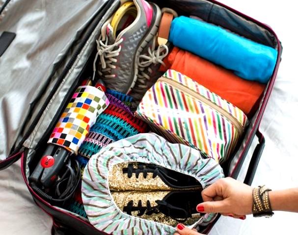 cách xếp đồ trong vali